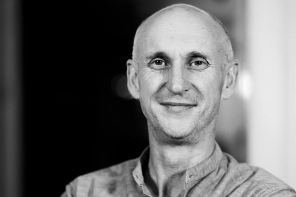 het vragen(v)uur: de visie op duurzaamheid van James Bampfield